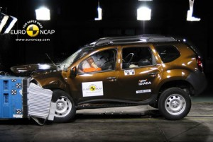 DACIA_Duster_2011_Front
