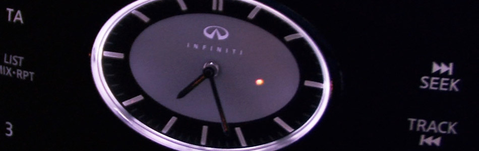 Infiniti-G37X-Clock