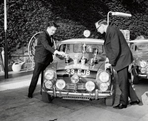 paddy_hopkirk_si_henry_liddon_monte_carlo_1964