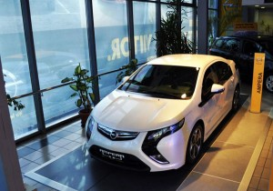 Opel Ampera Showroom Di Bas
