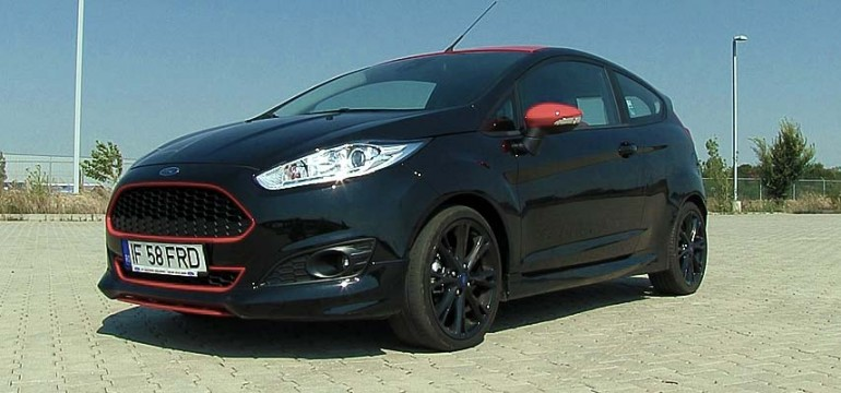 Ford Fiesta 1.0l EcoBoost 140 CP Black/Red