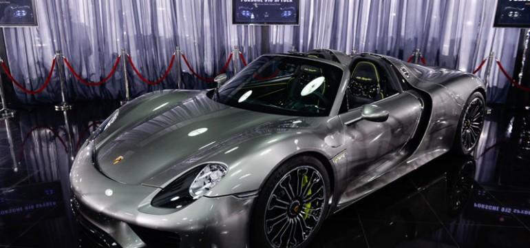Un Porsche 918 Spyder devine cel mai nou exponat al Țiriac Collection