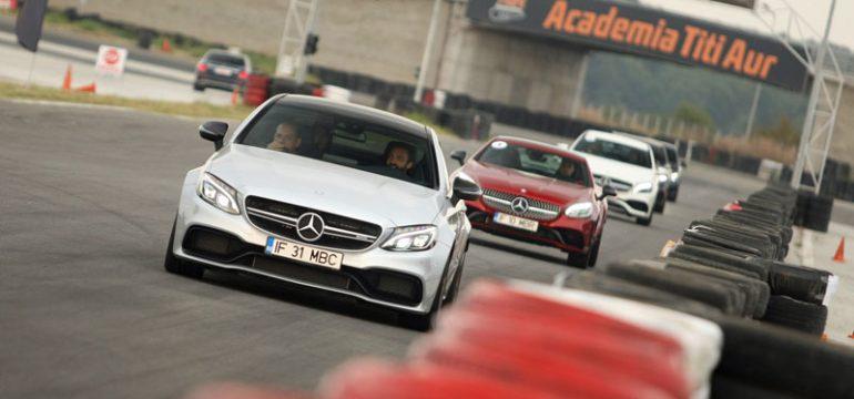 Mercedes-Benz România prezintă stelele din portofoliu direct pe circuit