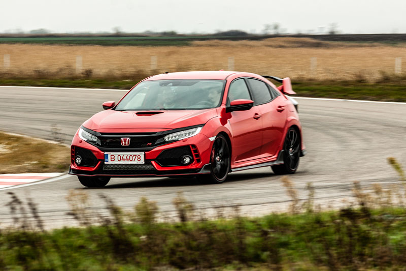 Civic Type-R and NSX