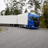 Tu ce ai alege între camioane Scania și camione DAF?