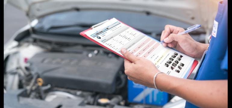 Vă pregătiți să cumpărați o mașină la mâna a doua? Verificați mai întâi istoricul ei